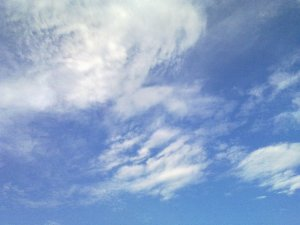 A_view_of_clouds_and_sky5-small