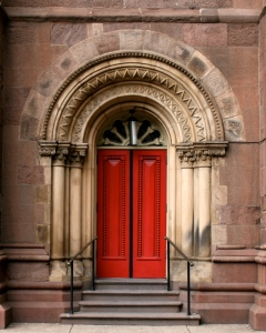 Church_of_the_Holy_Trinity_Philadelphia_red_door