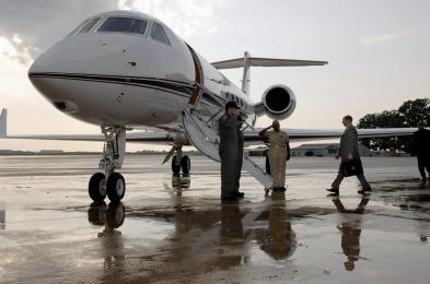 business-aircraft-620453_960_720